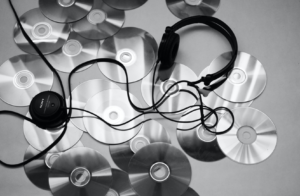 meditation playlists for better sleep. Lisa Monee Playlist reaction